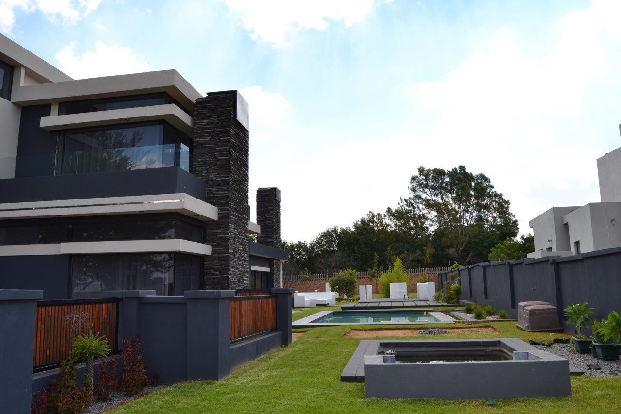 Midstream Hill Estate property for sale. Ref No: 13584239. Picture no 36
