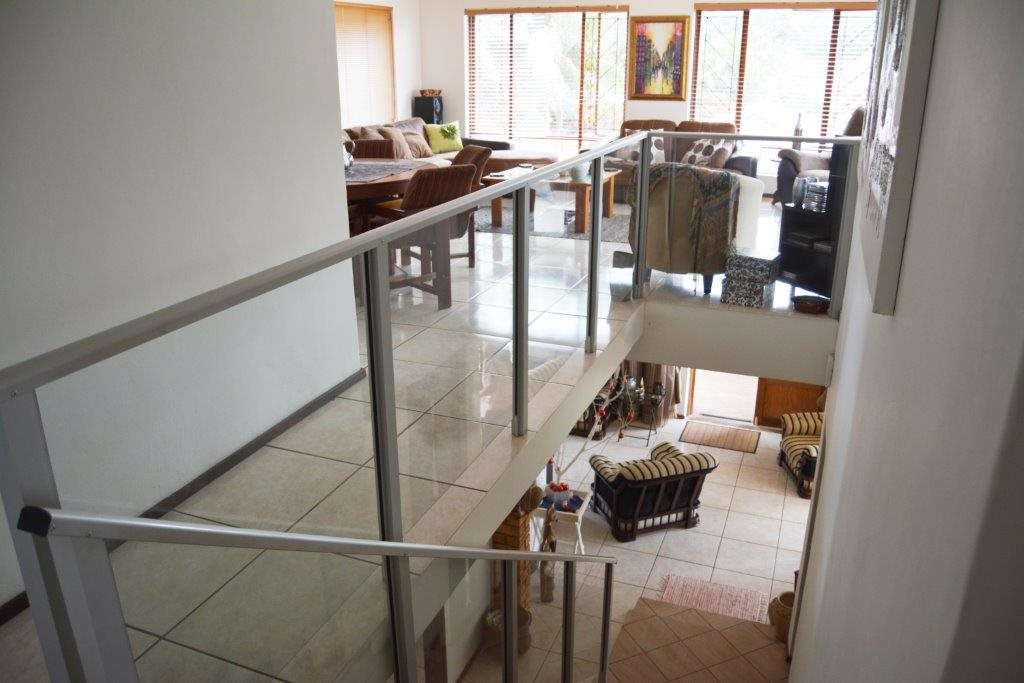 Margate property for sale. Ref No: 12779071. Picture no 22