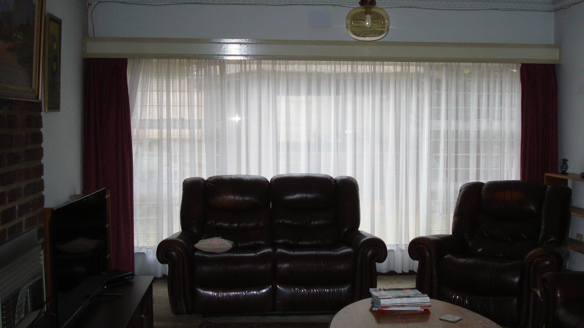Randpark Ridge property for sale. Ref No: 13518117. Picture no 8