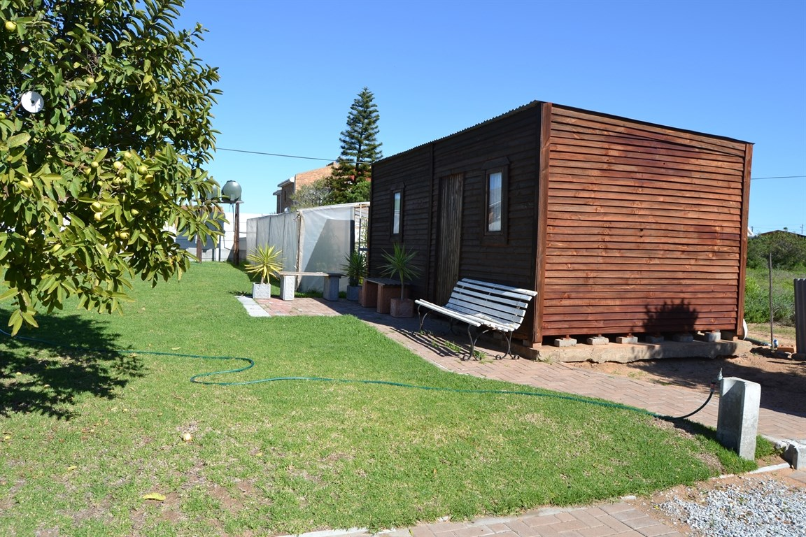 Lamberts Bay property for sale. Ref No: 13373968. Picture no 17