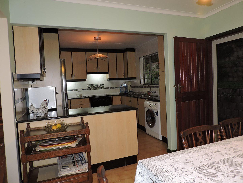 Amanzimtoti property for sale. Ref No: 13605301. Picture no 8