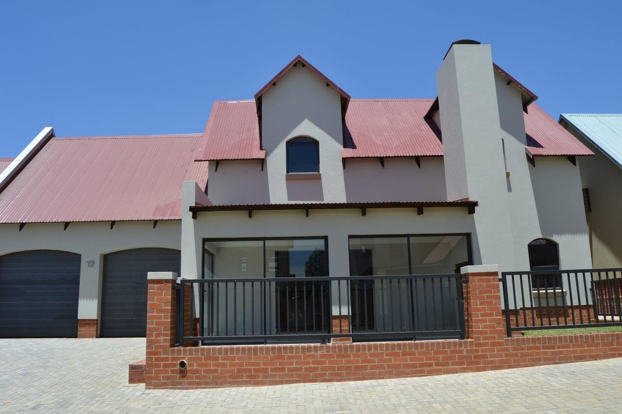Centurion, Heritage Hill Property  | Houses For Sale Heritage Hill, Heritage Hill, Townhouse 3 bedrooms property for sale Price:2,450,000