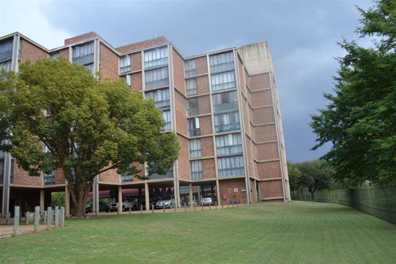 , Apartment, 2 Bedrooms - ZAR 585,000