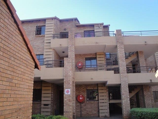 Centurion, Eco Park Estate Property  | Houses For Sale Eco Park Estate, Eco Park Estate, Townhouse 2 bedrooms property for sale Price:699,000