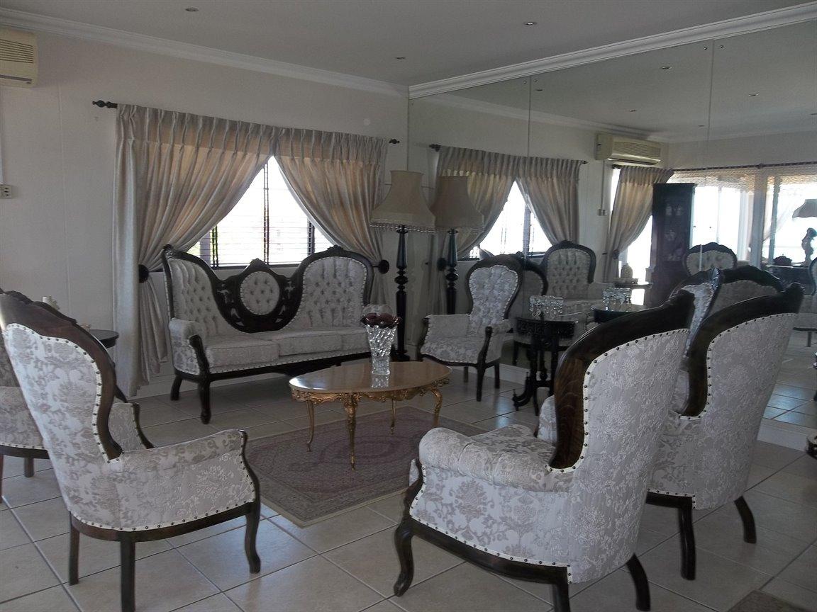 Amanzimtoti property for sale. Ref No: 13400263. Picture no 16