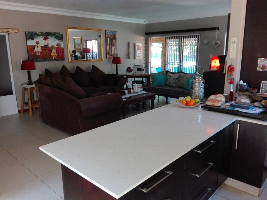 Umtentweni property for sale. Ref No: 13371867. Picture no 10