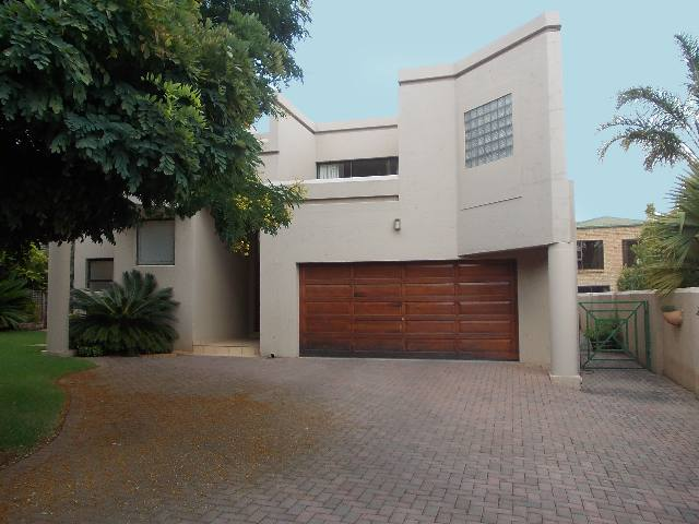 Property and Houses to rent in Gauteng, House, 3 Bedrooms - ZAR , 19,00*,M