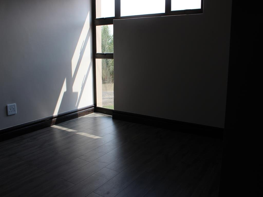 Celtisdal property for sale. Ref No: 13230610. Picture no 20