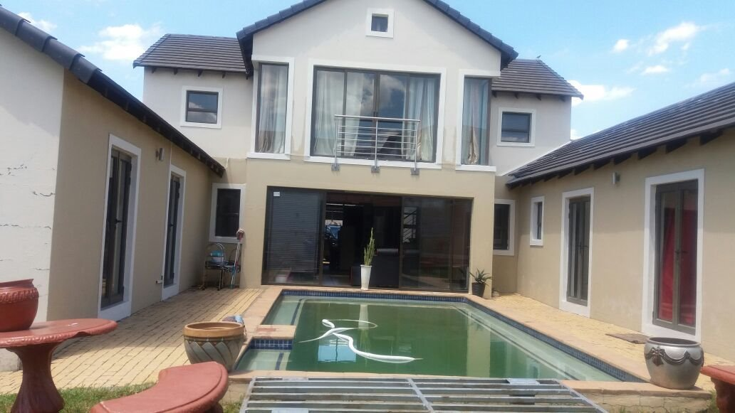 Centurion, Valley View Estate Property  | Houses For Sale Valley View Estate, Valley View Estate, House 3 bedrooms property for sale Price:2,900,000