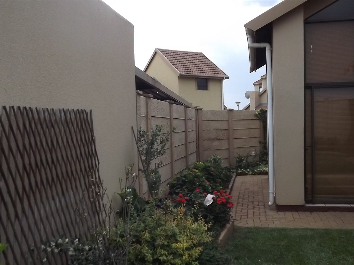 Vanderbijlpark property for sale. Ref No: 12781896. Picture no 27