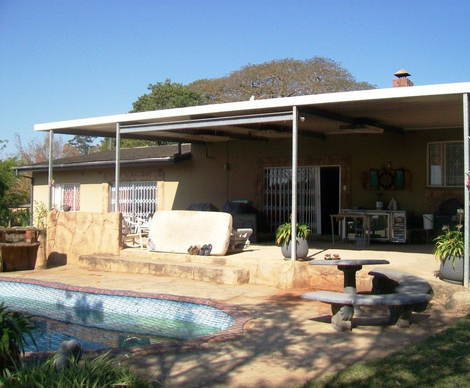 Crestholme property for sale. Ref No: 13505114. Picture no 2