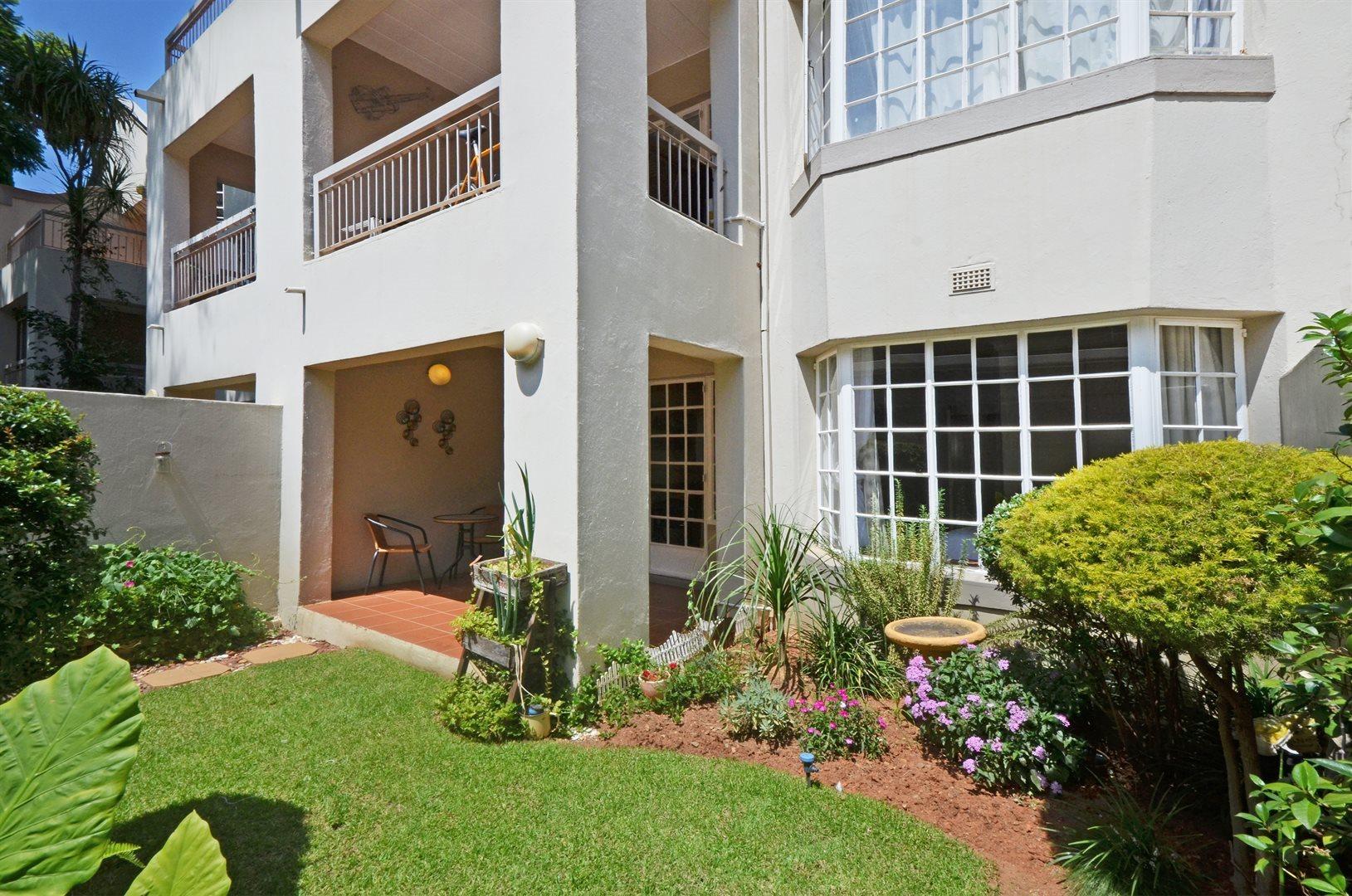 Sandton, Illovo Property    Houses For Sale Illovo, Illovo, Apartment 2 bedrooms property for sale Price:2,000,000