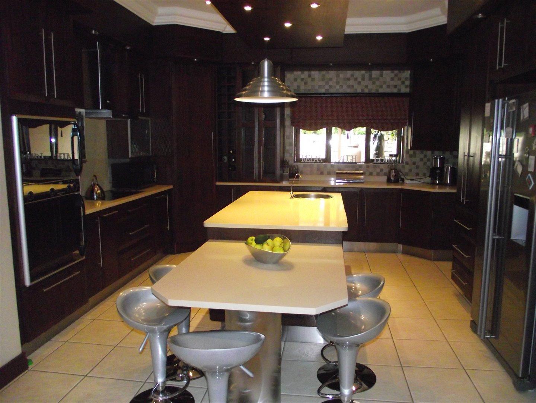 Midstream Estate property for sale. Ref No: 13477549. Picture no 2