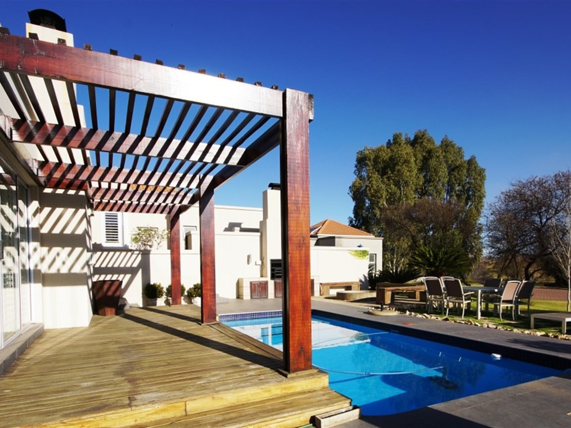 Three Rivers East property for sale. Ref No: 13378538. Picture no 5