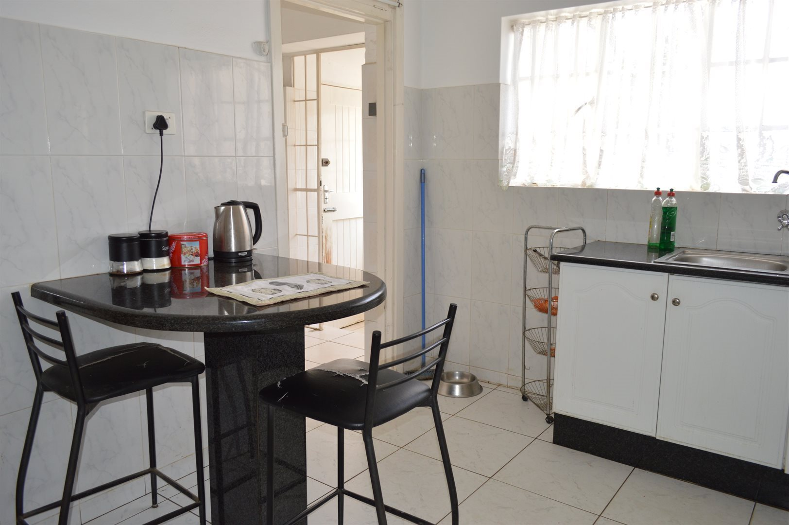 Highlands North property for sale. Ref No: 13649352. Picture no 8
