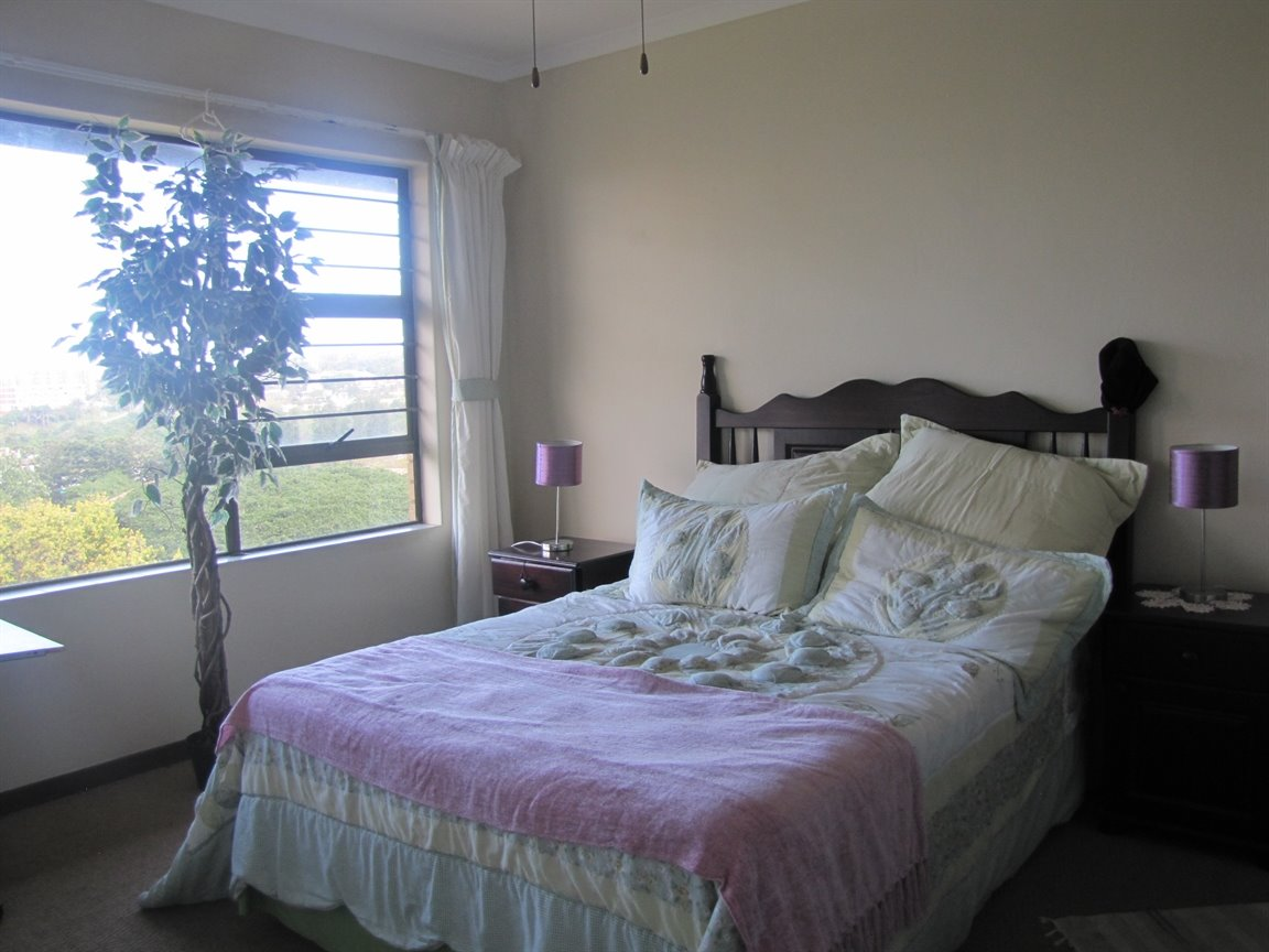 Amanzimtoti property for sale. Ref No: 13377010. Picture no 25