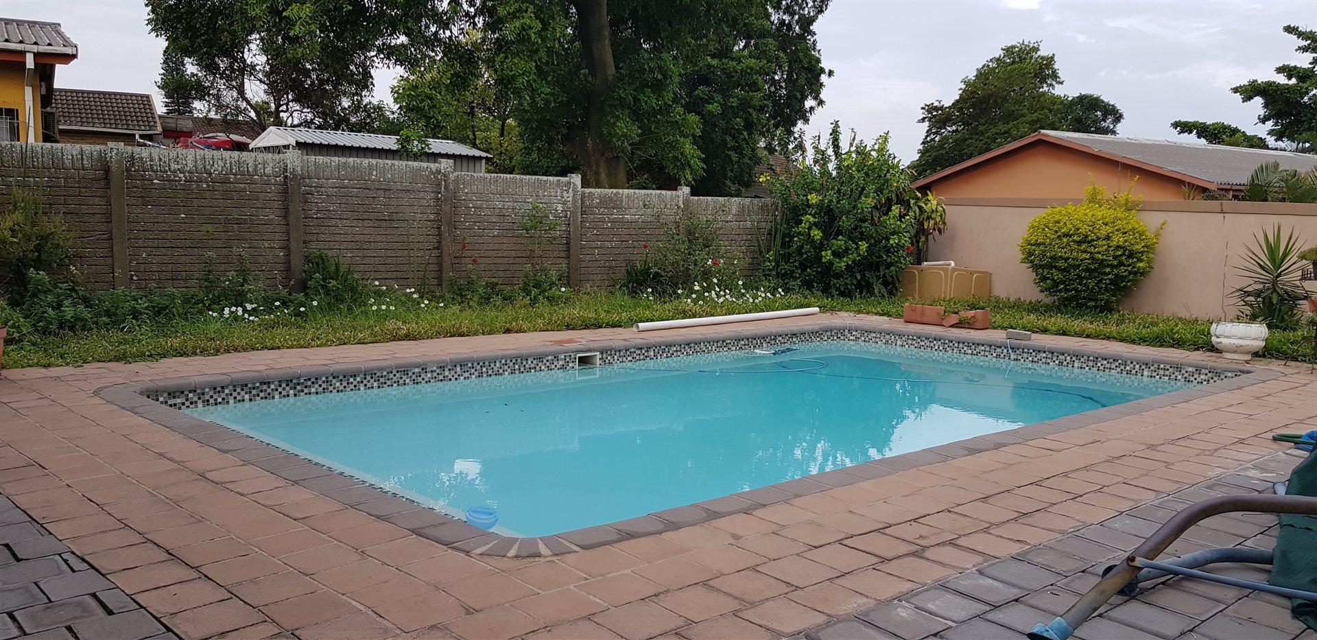 Arboretum property to rent. Ref No: 13585438. Picture no 12