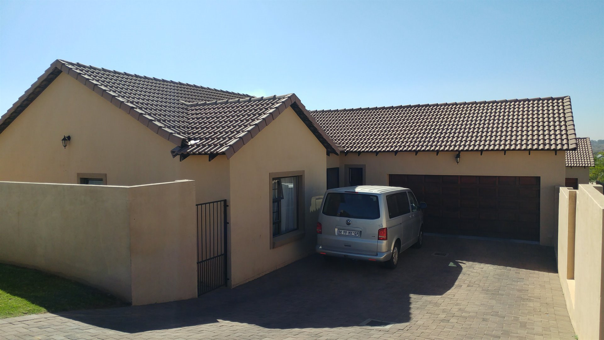 Centurion thatchfield property houses for sale for Centurion homes