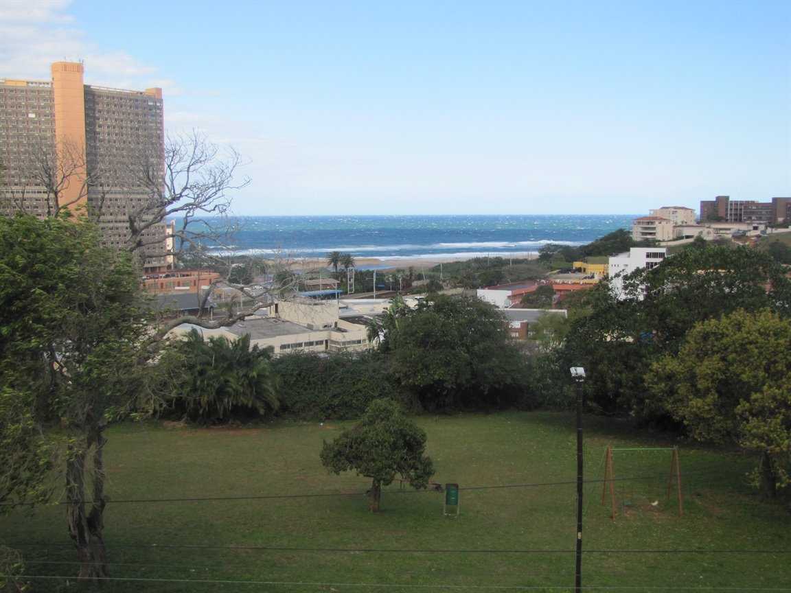 Amanzimtoti property for sale. Ref No: 13377010. Picture no 1