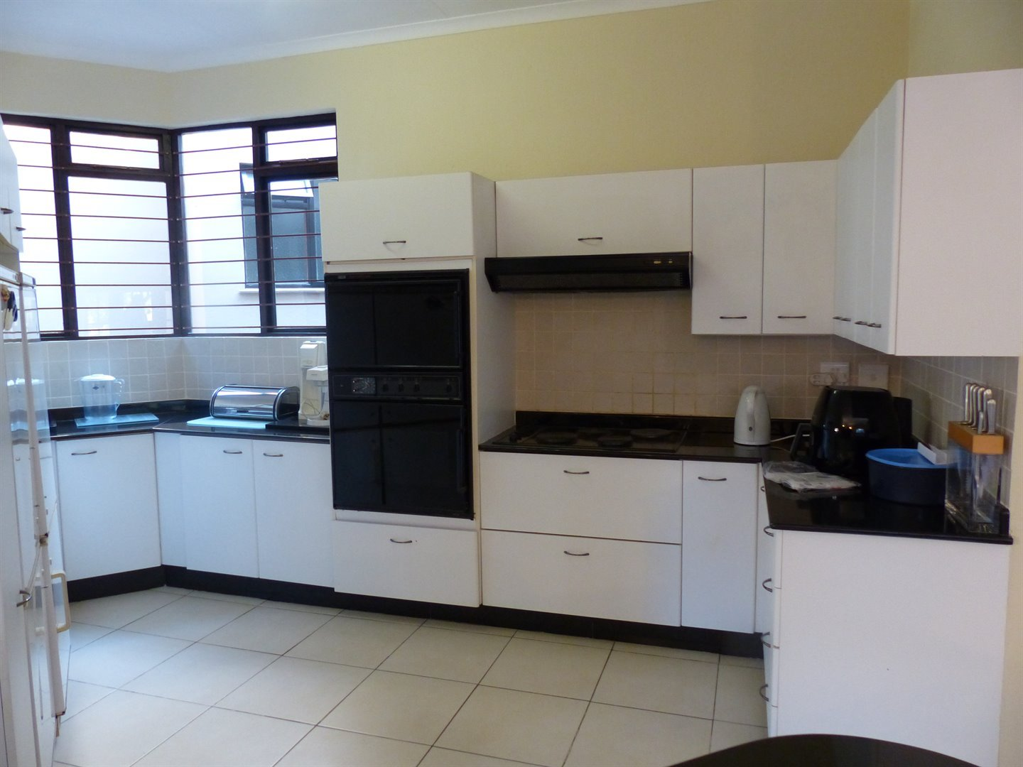 Lonehill property for sale. Ref No: 13510828. Picture no 2