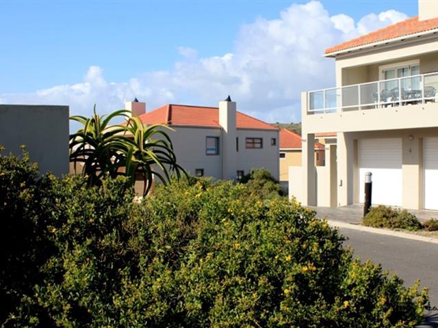 Calypso Beach property for sale. Ref No: 13363660. Picture no 2