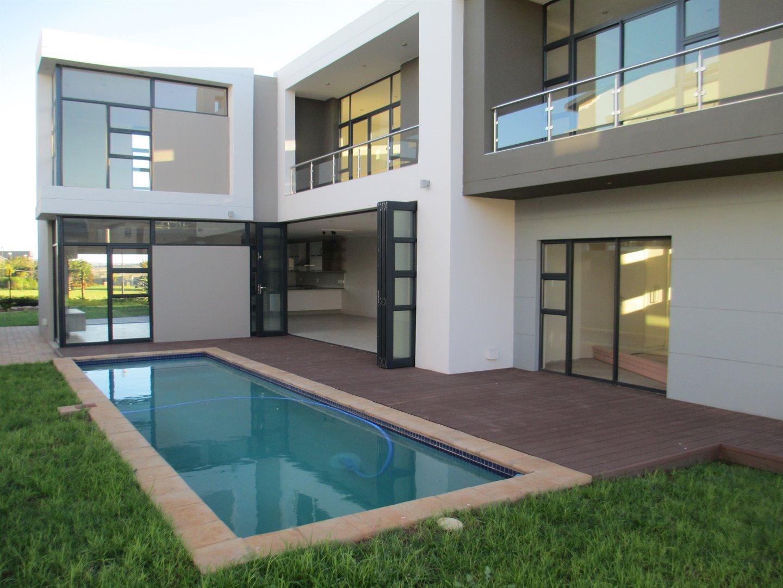 Midstream Ridge Estate property for sale. Ref No: 13479529. Picture no 19