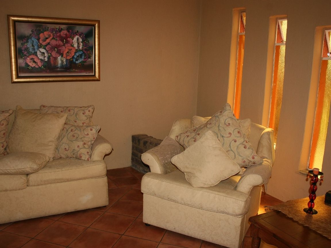 Helikonpark property for sale. Ref No: 12780636. Picture no 9