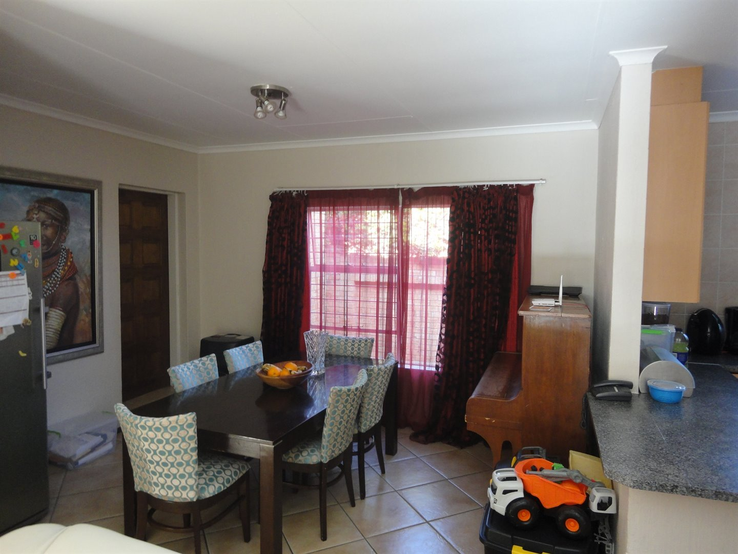 North Riding property to rent. Ref No: 13515054. Picture no 9