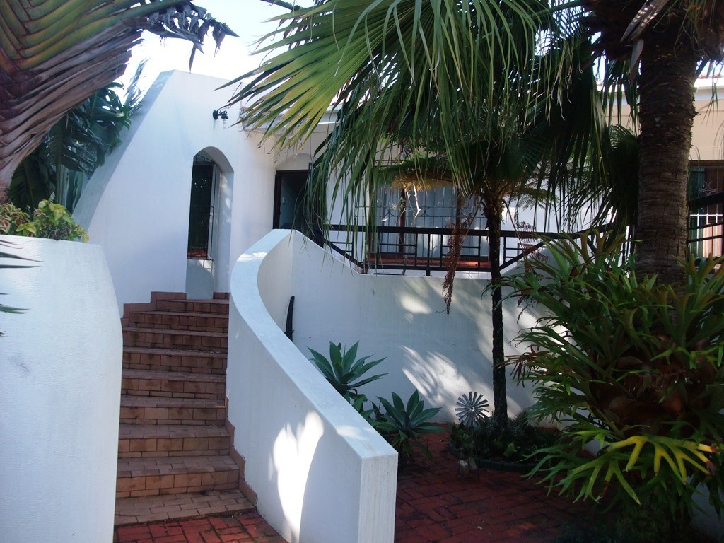 Uvongo property for sale. Ref No: 13291127. Picture no 2