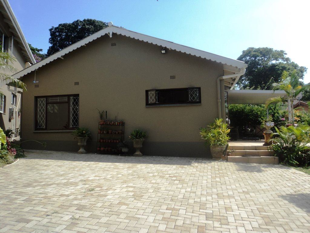 Pennington property for sale. Ref No: 13291764. Picture no 20