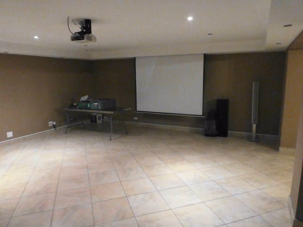 Midstream Estate property for sale. Ref No: 13506205. Picture no 6