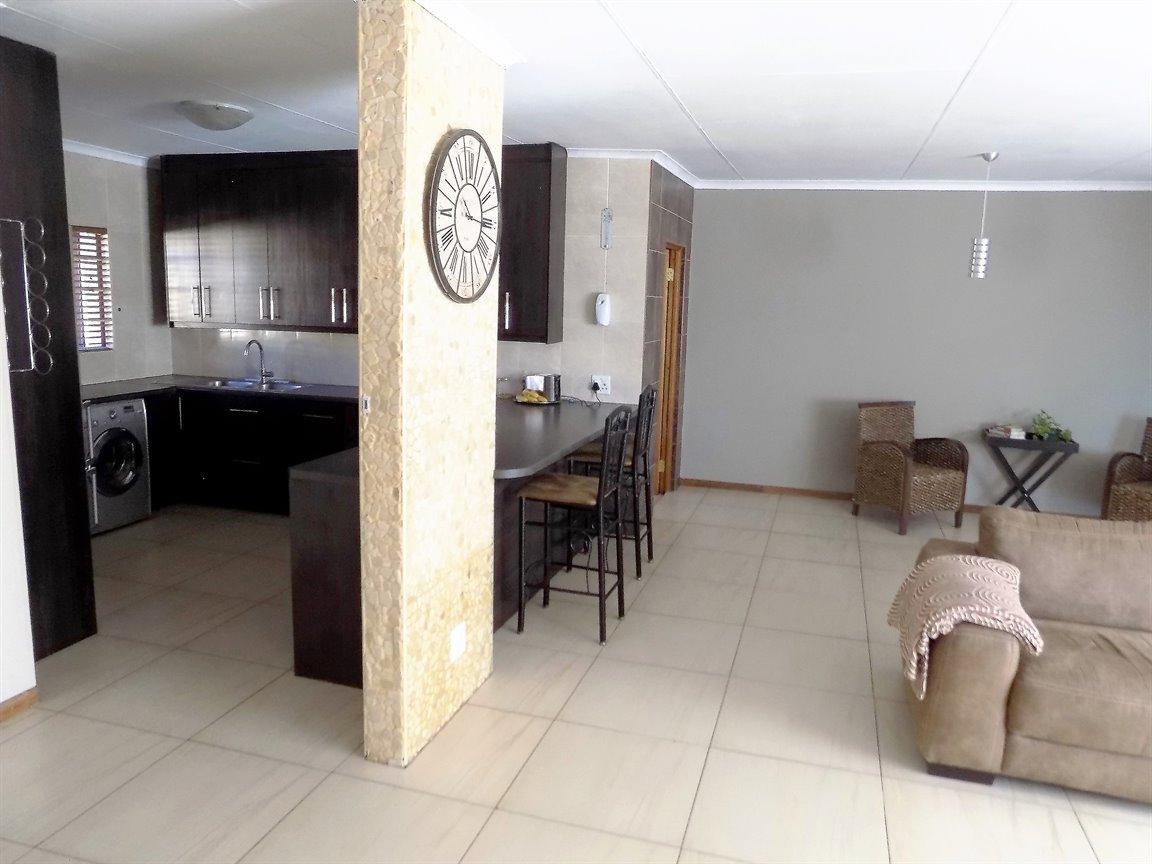 Alberton property for sale. Ref No: 13393819. Picture no 11