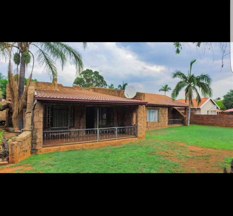 Pretoria, Dorandia Property  | Houses For Sale Dorandia, Dorandia, House 3 bedrooms property for sale Price:1,225,000
