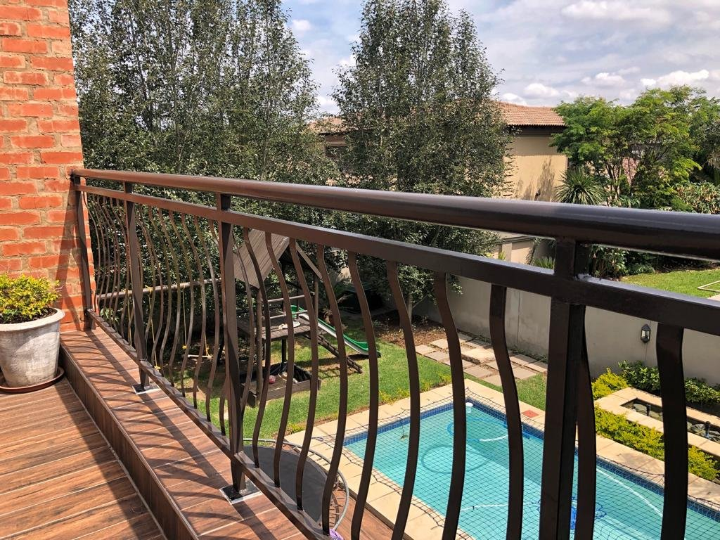 Property and Houses for sale in Stone Ridge, House, 4 Bedrooms - ZAR 3,600,000