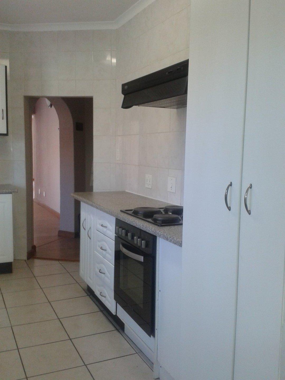 Elandshaven property to rent. Ref No: 13578534. Picture no 6
