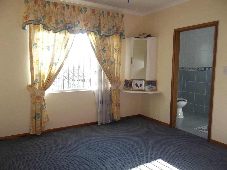 Widenham property for sale. Ref No: 13473788. Picture no 14