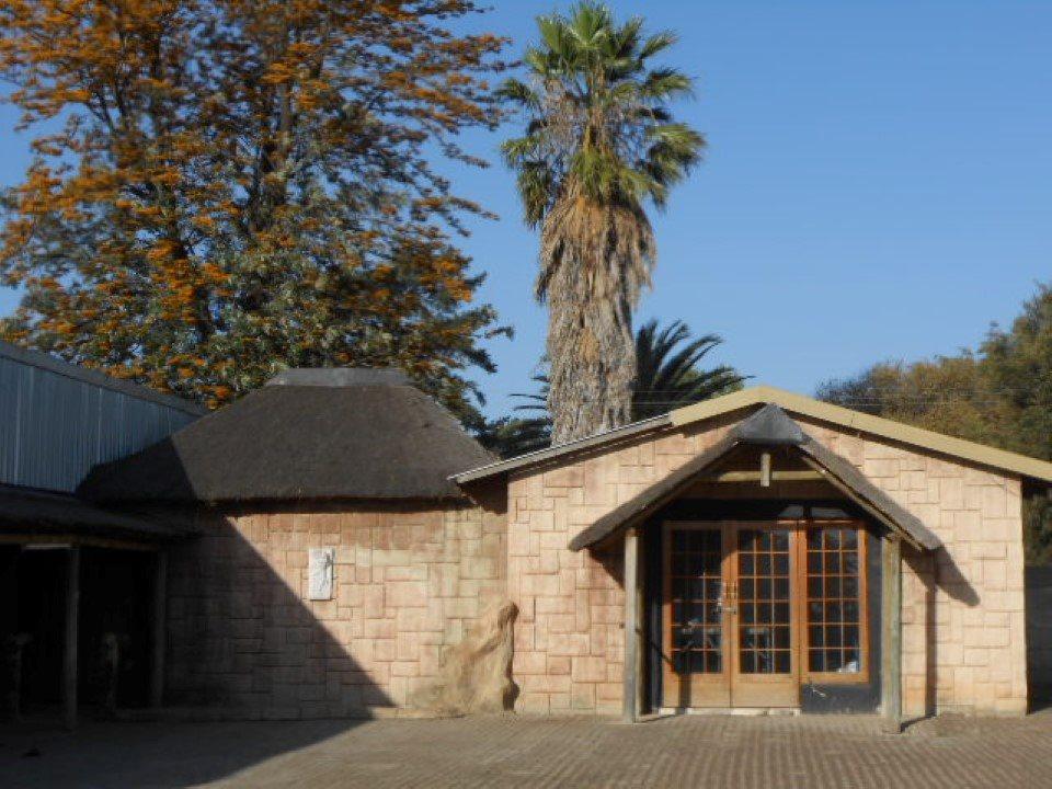 Mooilande property for sale. Ref No: 13400417. Picture no 2