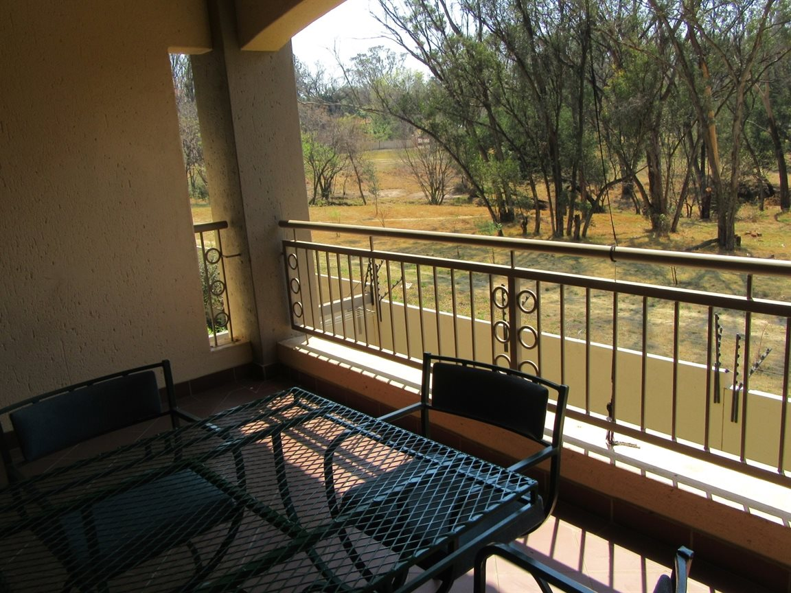 Bryanston property to rent. Ref No: 13270639. Picture no 6