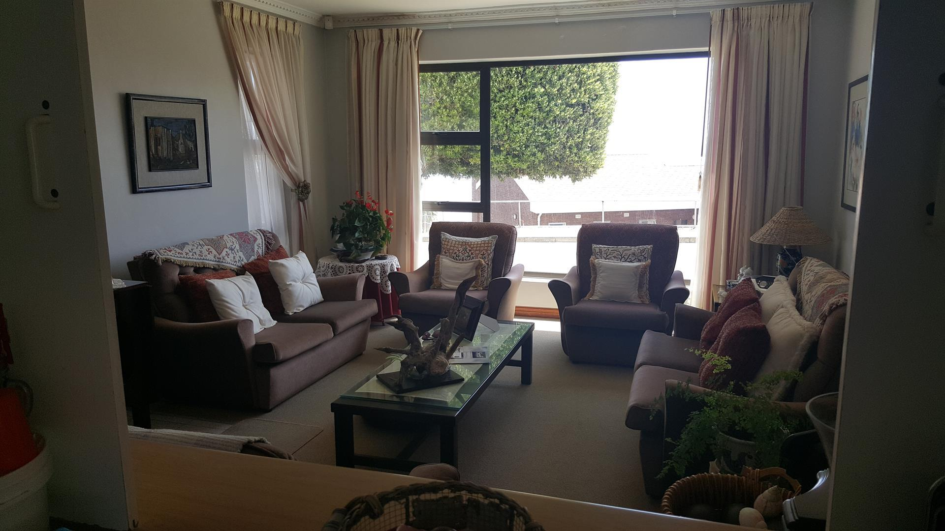Yzerfontein property for sale. Ref No: 13454155. Picture no 9