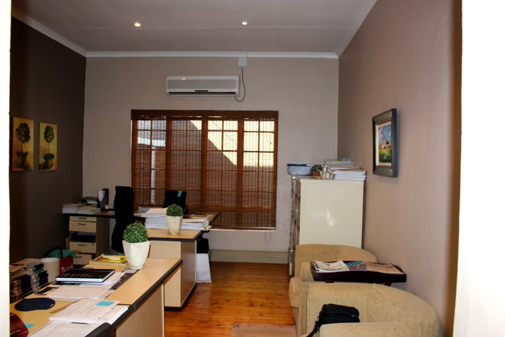 Potchefstroom property for sale. Ref No: 13394112. Picture no 6