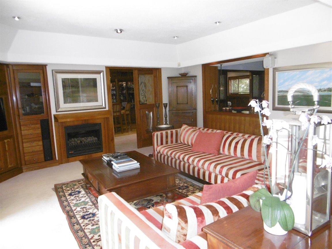 Bryanston property for sale. Ref No: 13389969. Picture no 2