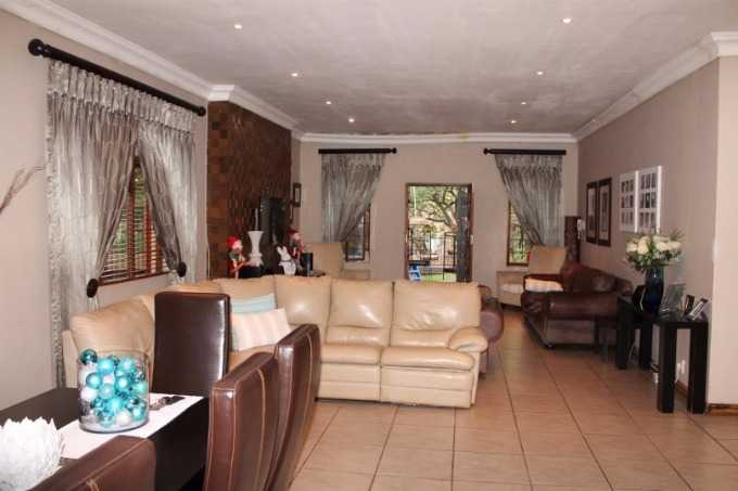 Akasia property for sale. Ref No: 13506748. Picture no 3