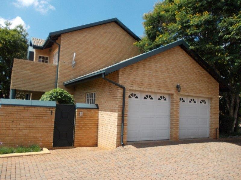 Property and Houses to rent in Gauteng, Apartment, 2 Bedrooms - ZAR , 17,00*,M