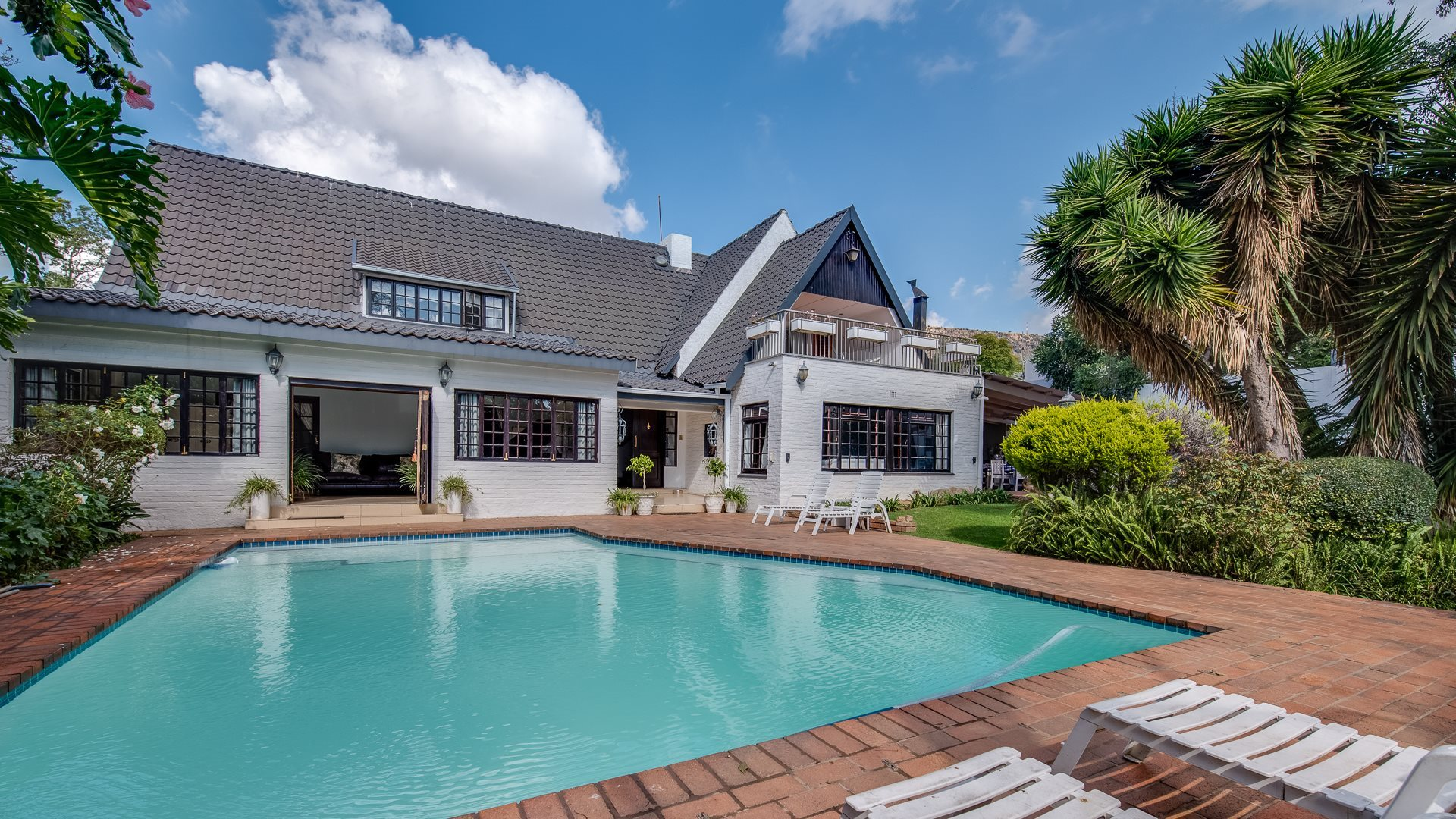 Property and Houses for sale in Northcliff, House, 4 Bedrooms - ZAR 4,299,000