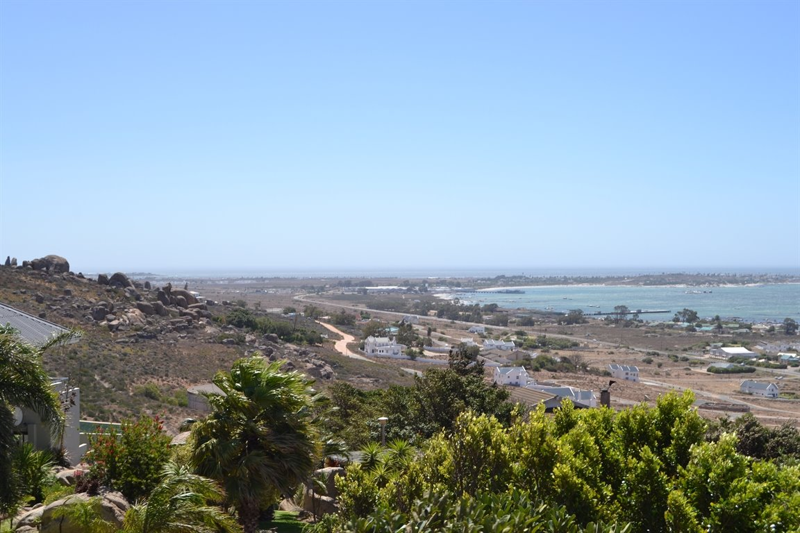 St Helena Bay property for sale. Ref No: 13559679. Picture no 12