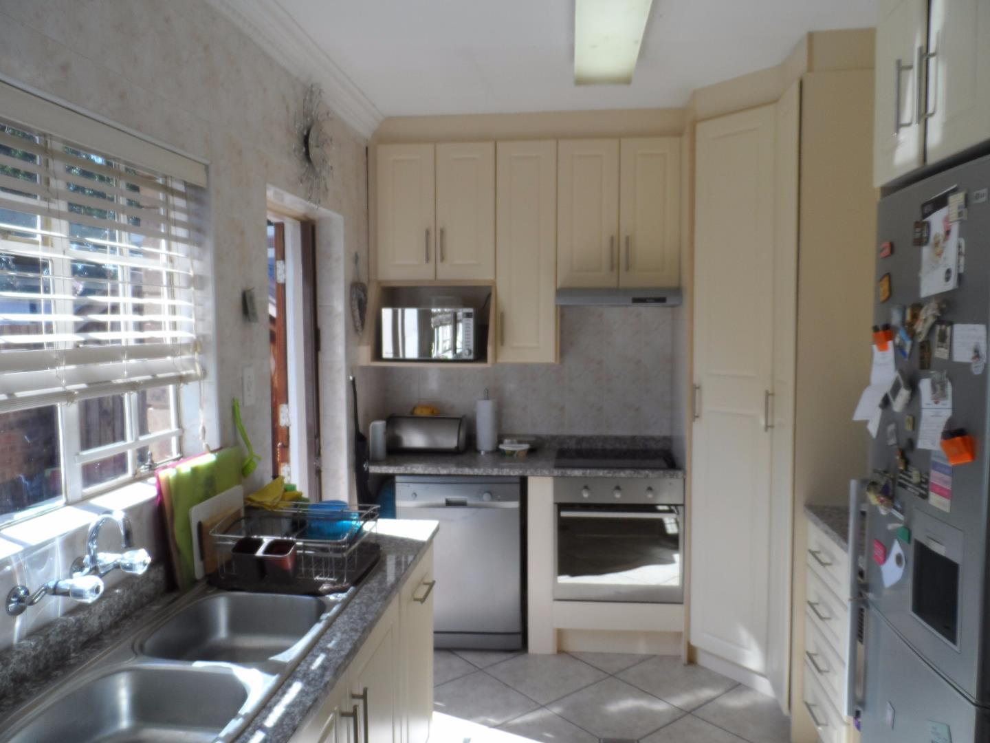 New Redruth property for sale. Ref No: 13525965. Picture no 5