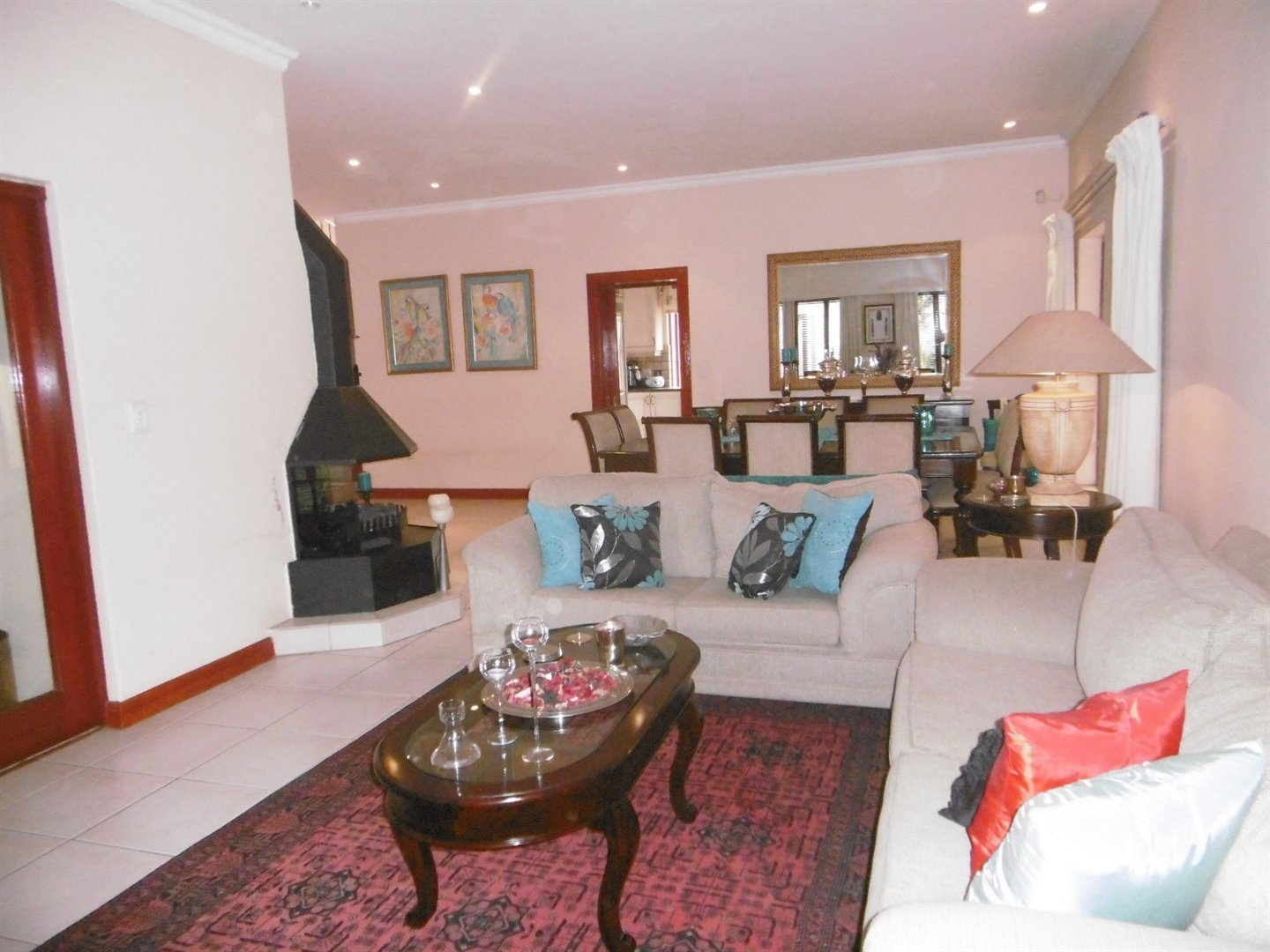 Bryanston property for sale. Ref No: 13464144. Picture no 7