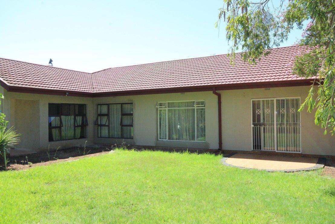 Sonlandpark property for sale. Ref No: 13301748. Picture no 1