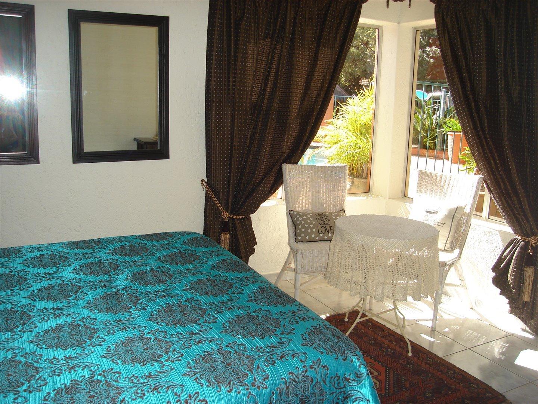 Eldoraigne property for sale. Ref No: 13494397. Picture no 15