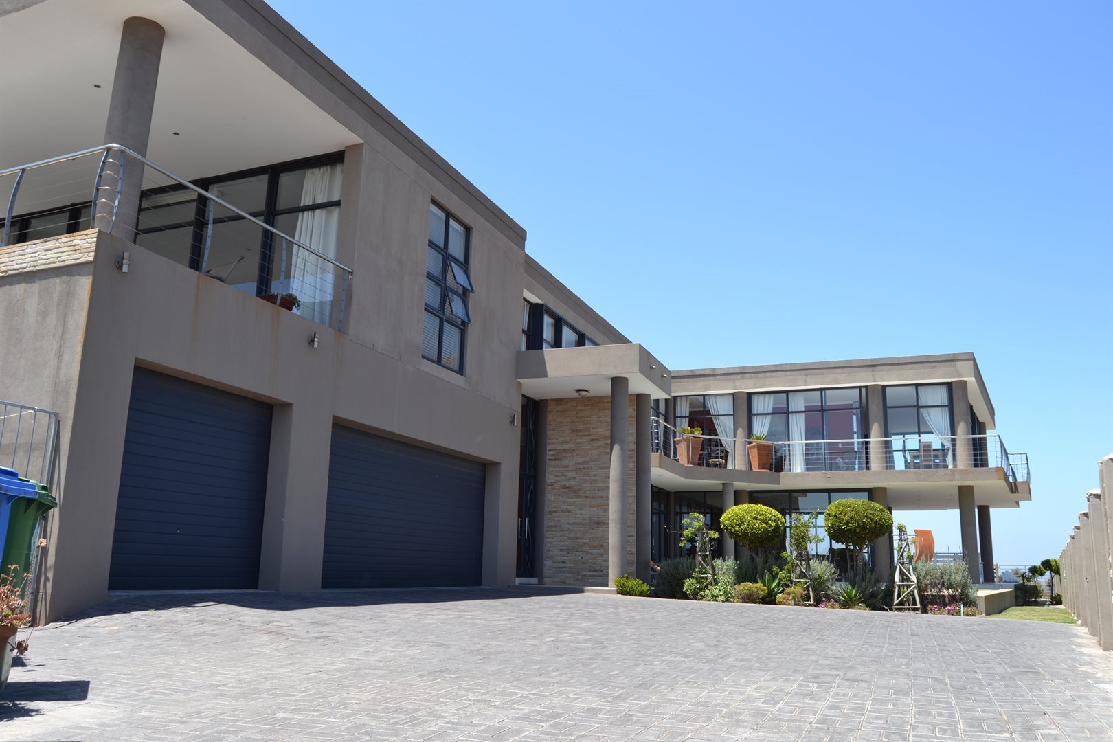 Myburgh Park property for sale. Ref No: 13561637. Picture no 42